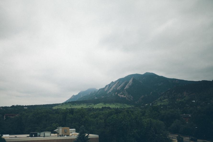 Boulder-Colorado-Contemporary-Wedding-2
