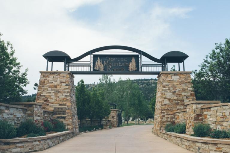 Spruce-Mountain-Ranch-Colorado-Wedding-1