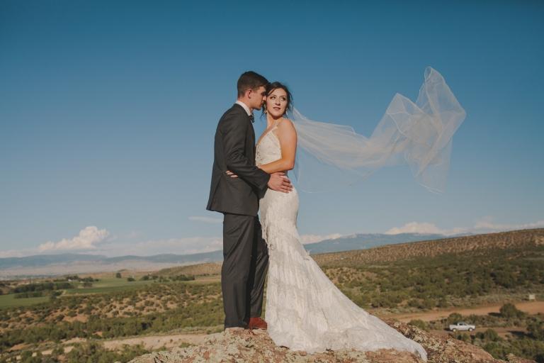 Alexis Amp Chris Backyard Montrose Wedding Colorado